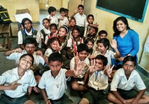 saanjuli-with-her-school-children